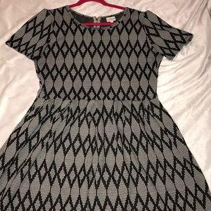 LuLaRoe Dresses - 2XL LuLaRoe Amelia Dress